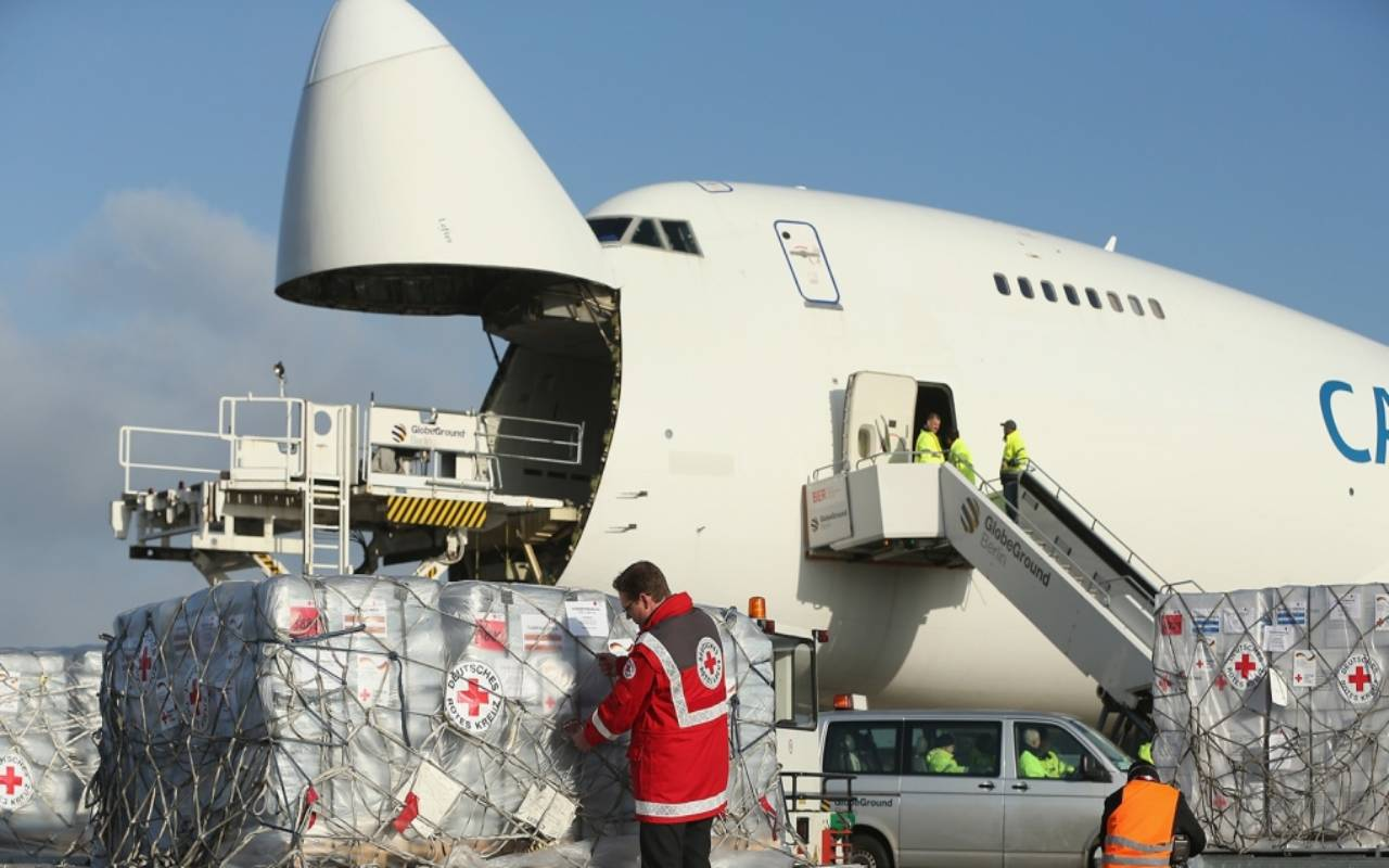 هزینه ارسال کالا از کانادا به ایران به صورت هوایی