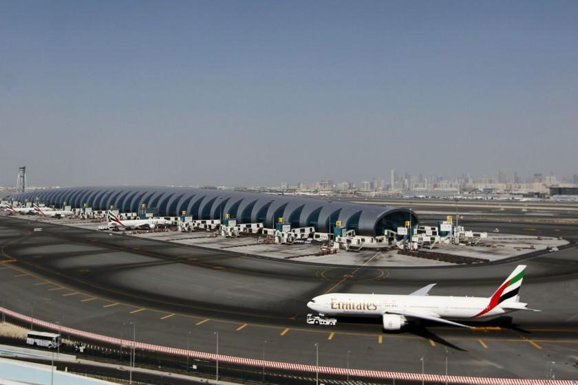 ارسال-بار-هوایی-به-دبی-1