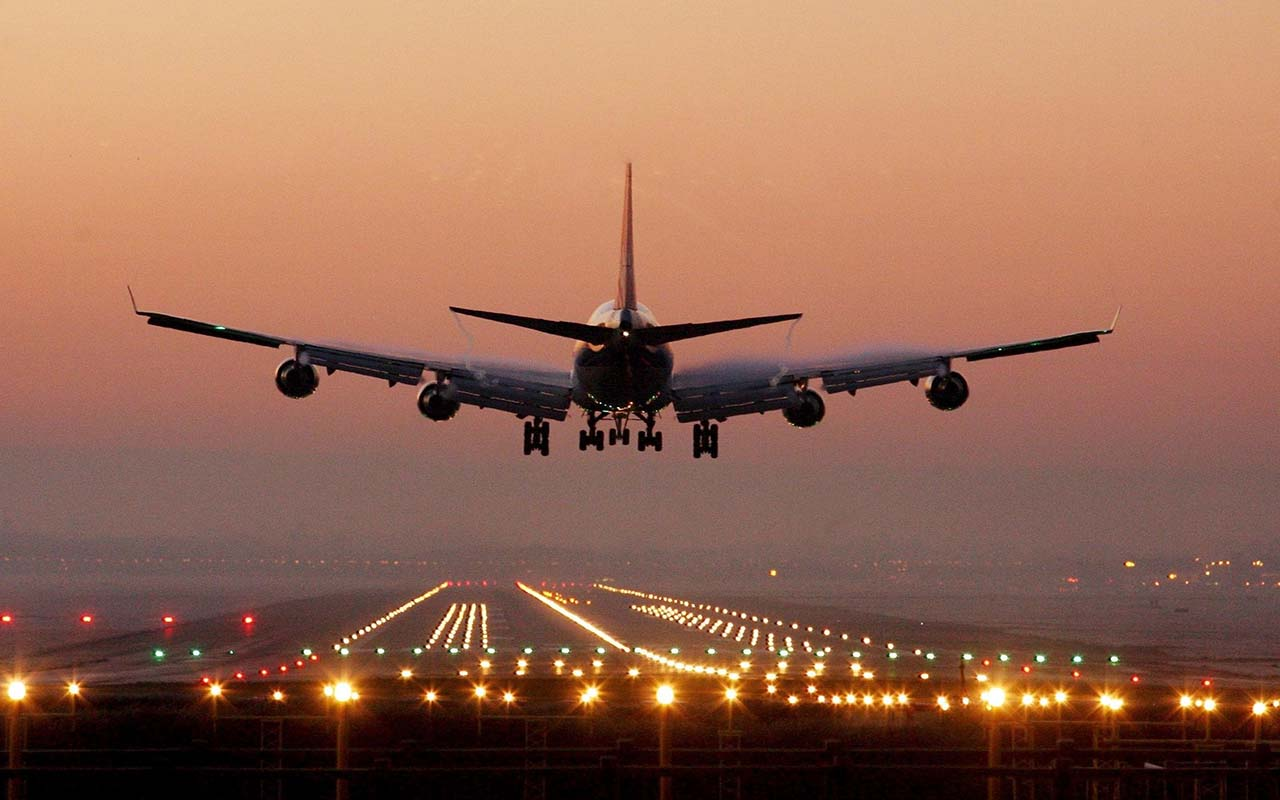 فرودگاههایی که حمل هوایی بار از دبی به تهران را انجام میدهند