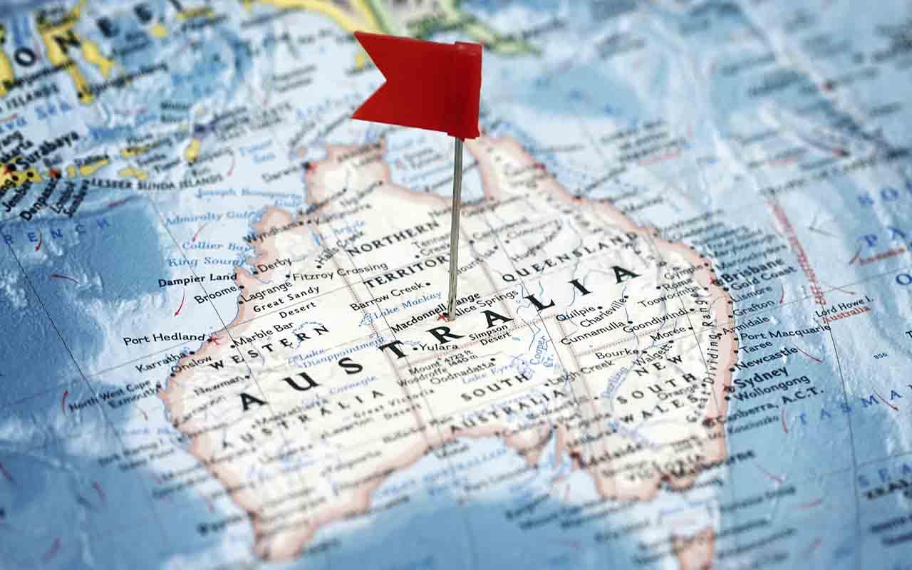حمل بار هوایی به استرالیا در کنار حمل دریایی