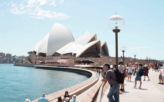 ارسال بار هوایی به استرالیا