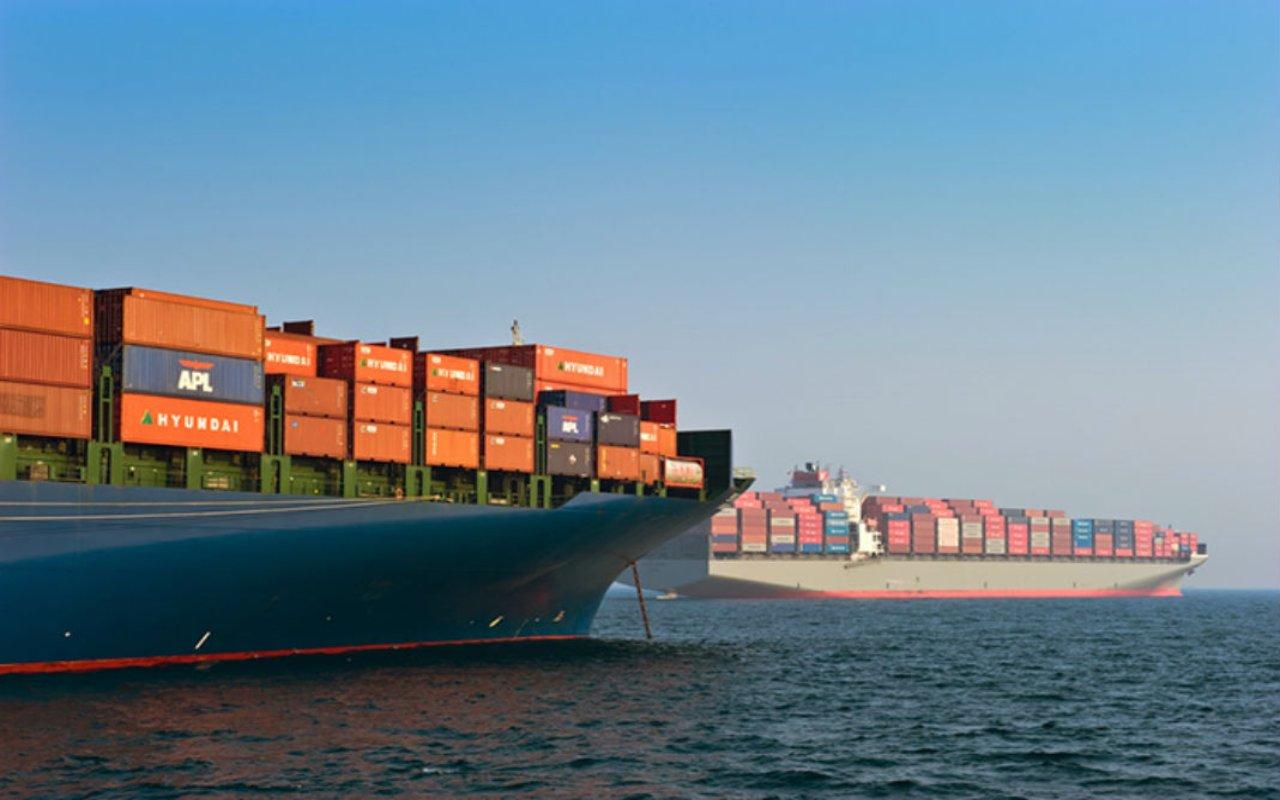 حمل کالا از کانادا به ایران با کشتی تجاری