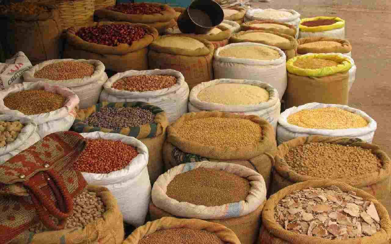 ارسال کالا از هند به ایران و واردات ادویه